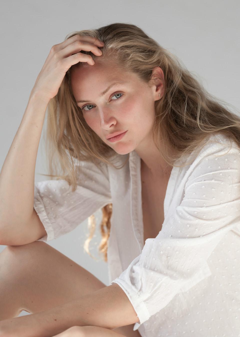 Women Max Models