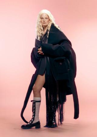 Dominique Models